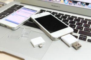 Можно ли подключить флешку к iPhone