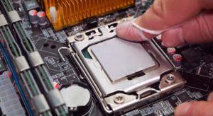 Когда нужно менять термопасту на процессоре