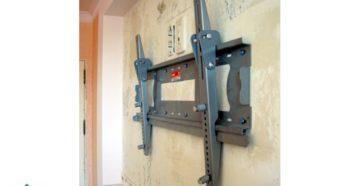 Установка кронштейна для телевизора: как выбрать и самостоятельно повесить на стену